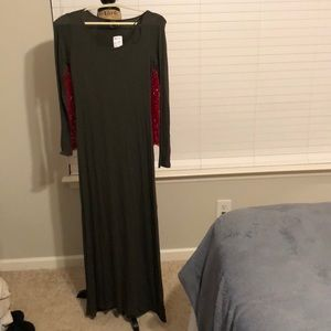 Long olive green maxi with sleeves from forever 21